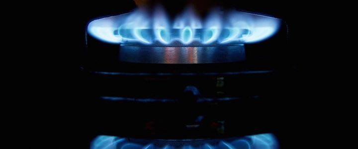 L'intervento del Governo frena la stangata bollette: +29,8% luce e +14,4% gas